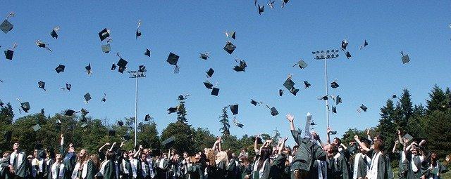 graduation 995042 640