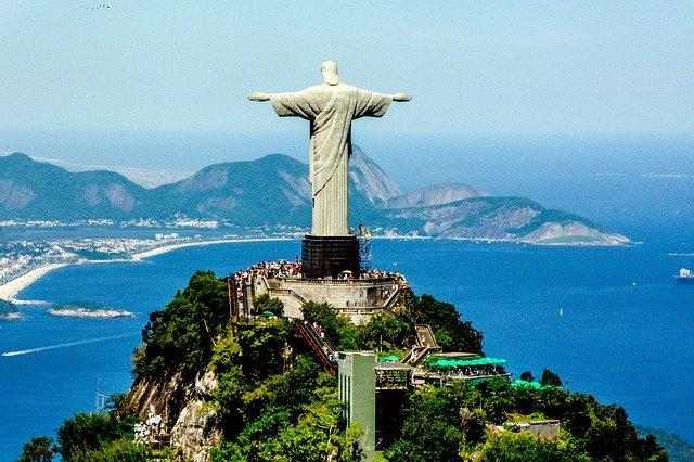 cristo-de-corcovado-brasil-viajar-a-brasil-desde-colombia