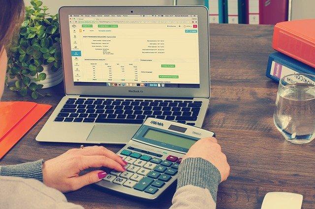 funciones-asesor-revisor-fiscal-colombia