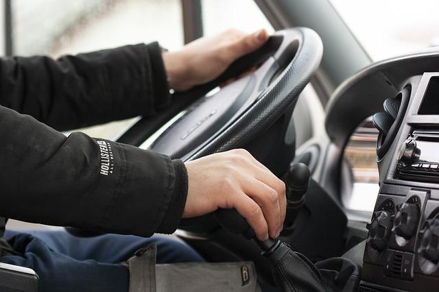 driver 3978839 640