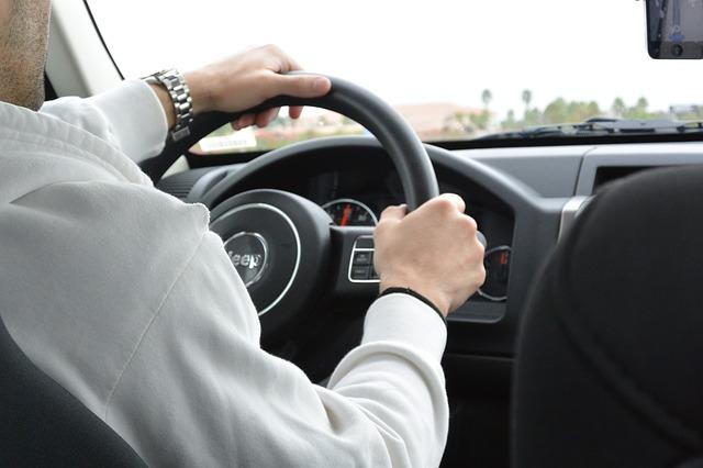 caracteristicas-requisitos-auto-trabajar-en-uber